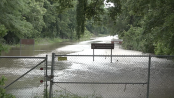 Arkansas River communities come together to deal with historic flooding