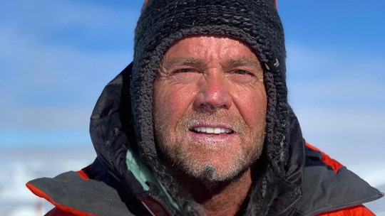 Utah man dies after reaching Mount Everest summit: report