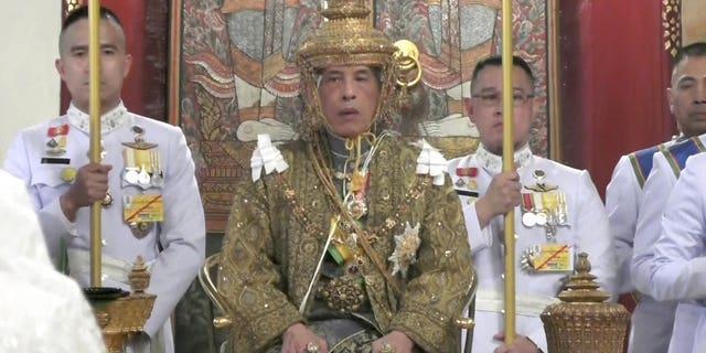 Westlake Legal Group 1924 Thai king officially crowned, kick-starting three-day long coronation ceremony Lukas Mikelionis fox-news/world/world-regions/asia fox news fnc/world fnc article 97dfa0b0-b27c-50d0-97ec-27e04d3fbd05
