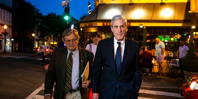 Special counsel Robert Mueller departs after having dinner at Martin's Tavern in Georgetown.