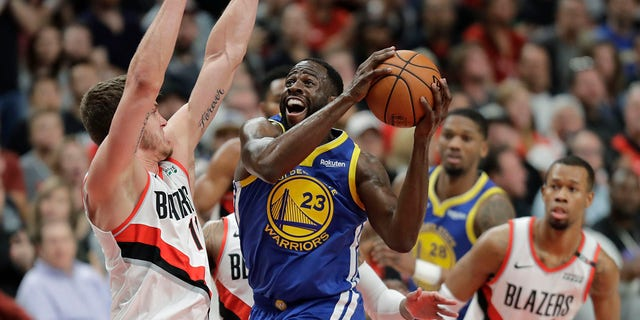 Warriors look to complete sweep of Trail Blazers