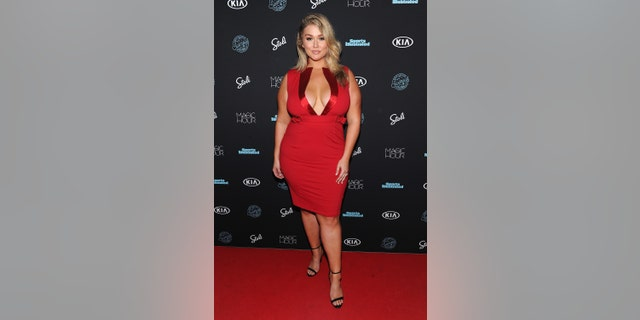 Hunter McGrady attends the Sports Illustrated Swimsuit 2018 Launch Event at Magic Hour at Moxy Times Square on Feb. 14, 2018 in New York City. (Photo by Craig Barritt/Getty Images for Sports Illustrated)