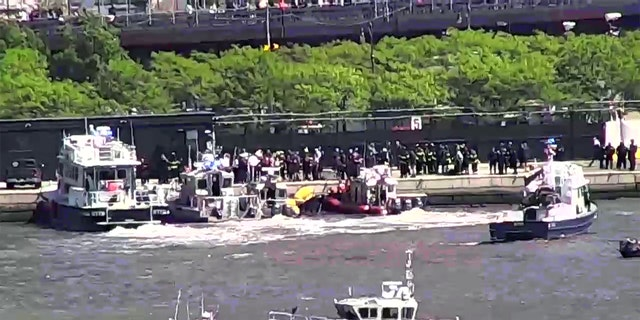 NYC helicopter crashes into Hudson River