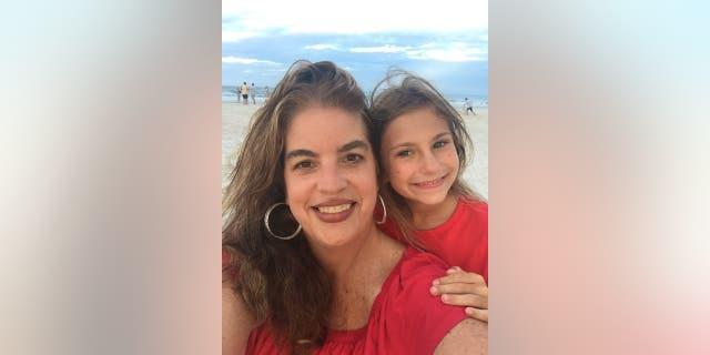 Lisa and her daughter Elizabeth.