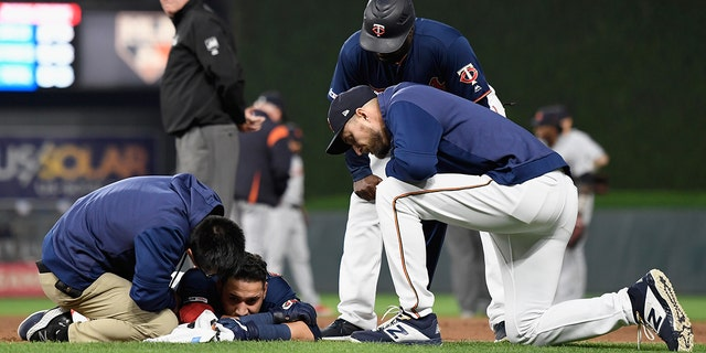 "Marwin Gonzalez, of the Minnesota Twins, collided with the Detroit Tigers' Niko Goodrum at first base during their game on Friday.<br data-cke-eol=""1"">"