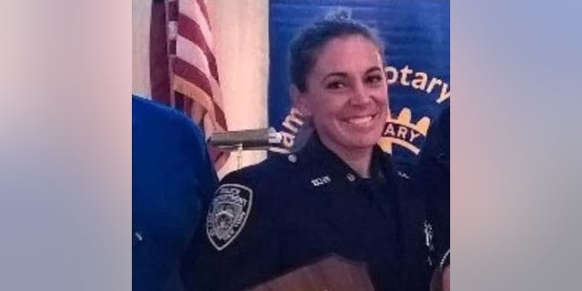 New York City police Valerie Cincinelli was accused of stealing his separate wife.