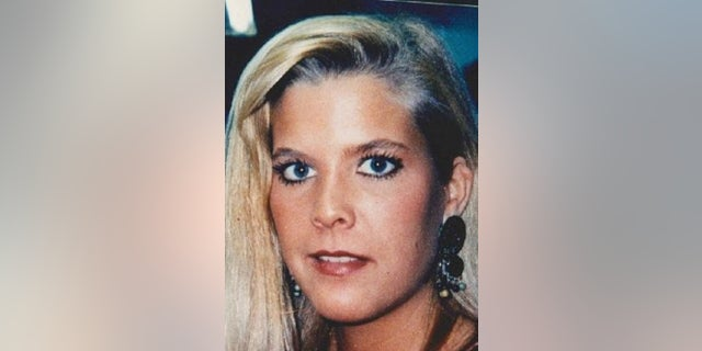 Westlake Legal Group Pic Twin sister's billboards drawing new attention to woman's unsolved 1996 murder Louis Casiano fox-news/us/us-regions/northeast/maryland fox-news/us/crime/homicide fox news fnc/us fnc c91690a4-290b-5d9d-8558-befa3027b028 article