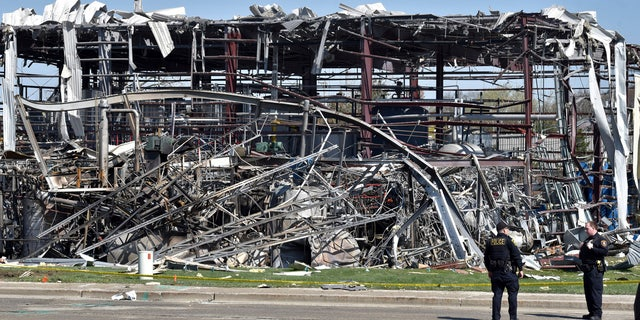 Westlake Legal Group WAUKEGAN Death toll in Illinois plant explosion raised to 3 as another body found WAUKEGAN, Ill. fox-news/us/us-regions/midwest/illinois fnc/us fnc Associated Press article a5fa97f1-1d53-5455-b169-ac25b4c70fed