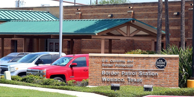 Major Texas border station closed for flu outbreak after teen death