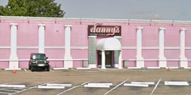 African-American dancers atDanny's Downtown Cabaret, in Jackson, Miss., were found to have worked in worse condition than white strippers.