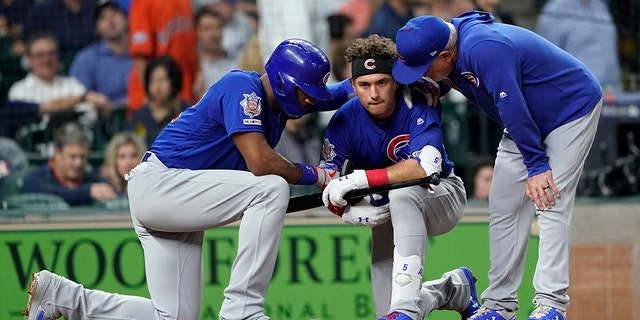 Cubs' Albert Almora Jr. breaks down after foul ball strikes young girl