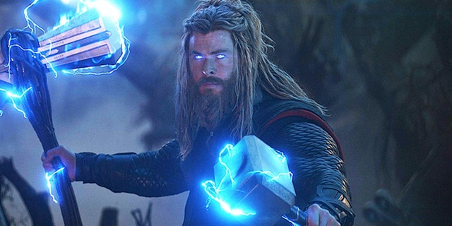 "Chris Hemsworth insisted on keeping Thor's weight gain permanent in ""Avengers: Endgame."""