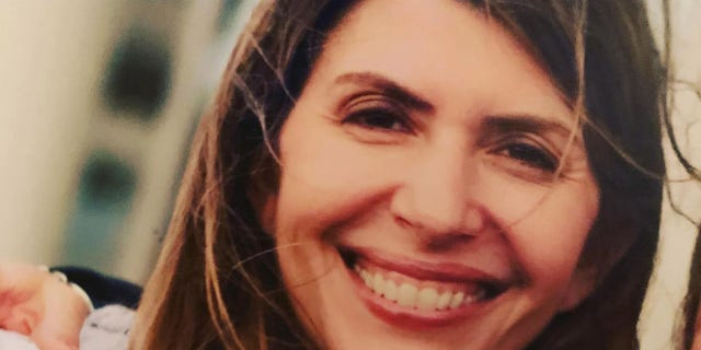 "Jennifer Dulos, a 50-year-old brunette, was last seen on May 24, when she dropped off her children at their private school in the affluent town of New Canaan.<br data-cke-eol=""1"">"