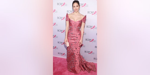 Katharine McPhee opted for a pink structured dress with floral embroidery at the Breast Cancer Research Foundation's 2019 Hot Pink Party at Park Avenue Armory on May 15, 2019 in New York City. (Photo by Bennett Raglin/Getty Images for Breast Cancer Research Foundation)