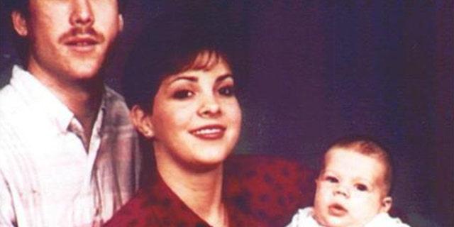 Family portrait of the Haim family before Bonnie Haim's murder.