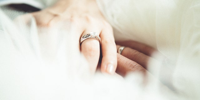 Westlake Legal Group wedding_istock Bride shamed for $165G wedding paid for by parents: 'I lost my job a month after getting engaged' fox-news/lifestyle/weddings fox-news/lifestyle/relationships fox-news/lifestyle/parenting fox news fnc/lifestyle fnc article Alexandra Deabler 788c3ad6-00cc-5b19-a6ca-9212cae6692a