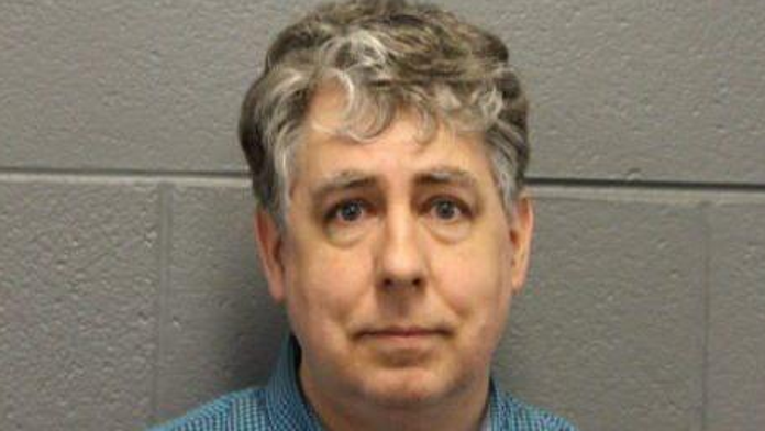 Chicago pastor who tutored 12-year-old twin sisters charged with sex crimes: police