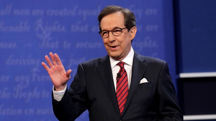 Chris Wallace on Fox News exclusive interview with AG Barr: 'He clearly is protecting this president'