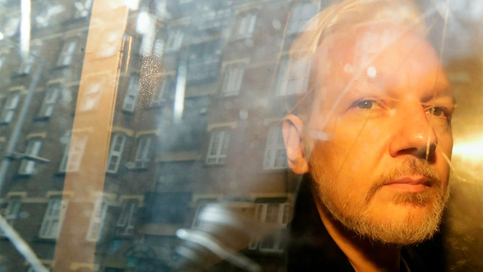Assange indicted on 18 counts, accused of coordinating with Manning to leak classified national-security docs
