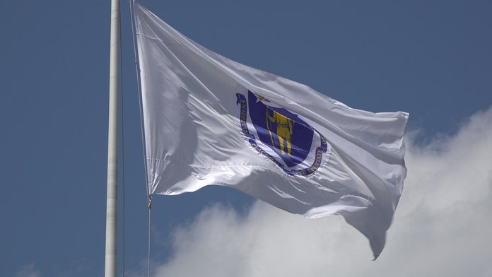 Cambridge removes 'offensive' Massachusetts flag from City Hall as calls grow to replace it