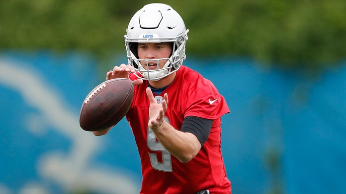 Detroit Lions' Matthew Stafford played with 'broken back' during last season: report
