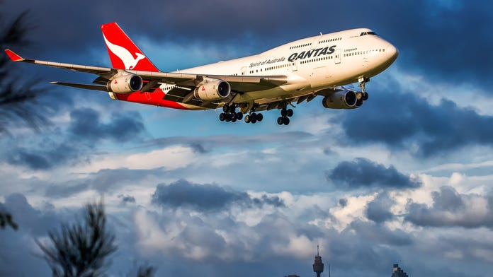 Qantas flight diverted due to 'electrical fault' days after 'incredibly loud bang' grounds separate aircraft