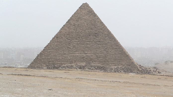 Tourist bus hit by roadside bomb near Egypt's Giza Pyramids; injuries reported