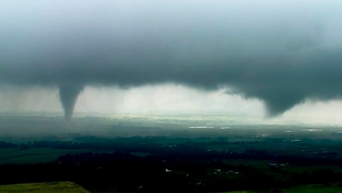 Severe storms, tornadoes sweep across Oklahoma