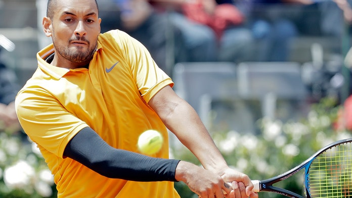 Nick Kyrgios kicks bottle, tosses chair in outburst at Italian Open