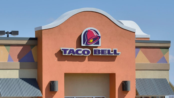 Taco Bell employee let go after calling 'all Muslims terrorists'