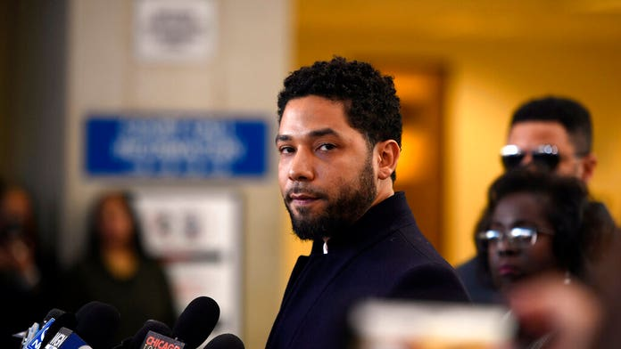 Jussie Smollett wants Chicago's lawsuit against him moved to federal court