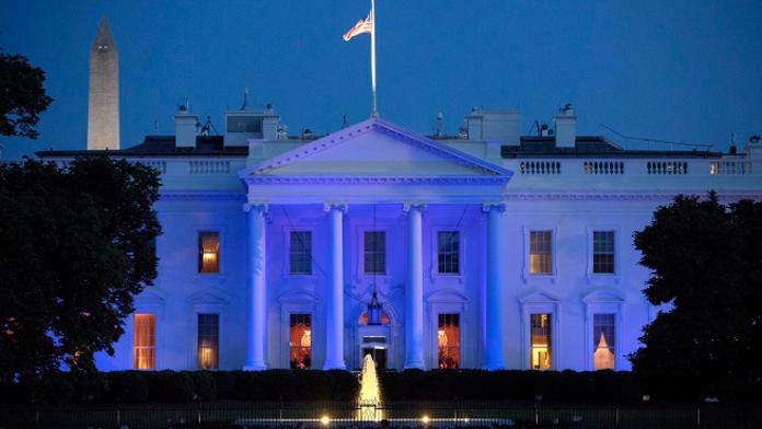 foxnews.com - Bradford Betz - Trump orders blue lighting on White House to honor fallen police officers