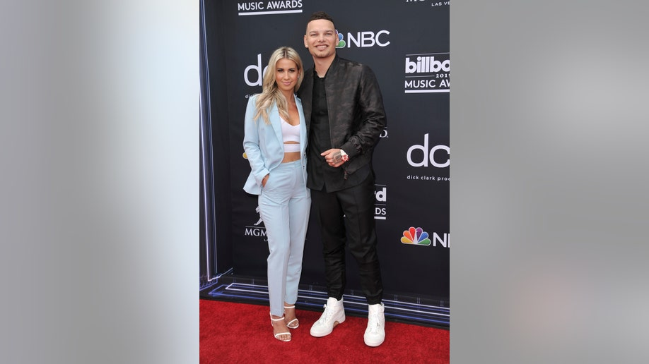 2019 Billboard Music Awards: What the stars wore | Fox News