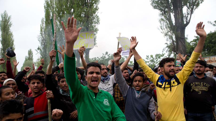 Thousands protest rape of 3-year-old in Indian Kashmir