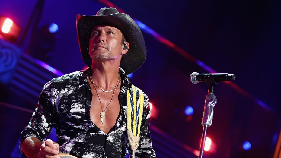 Tim McGraw gets confrontational with hecklers at recent concert after forgetting the words to his song