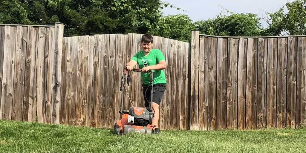 Jason Wright: Does God want our kids mowing the lawn? | Fox News