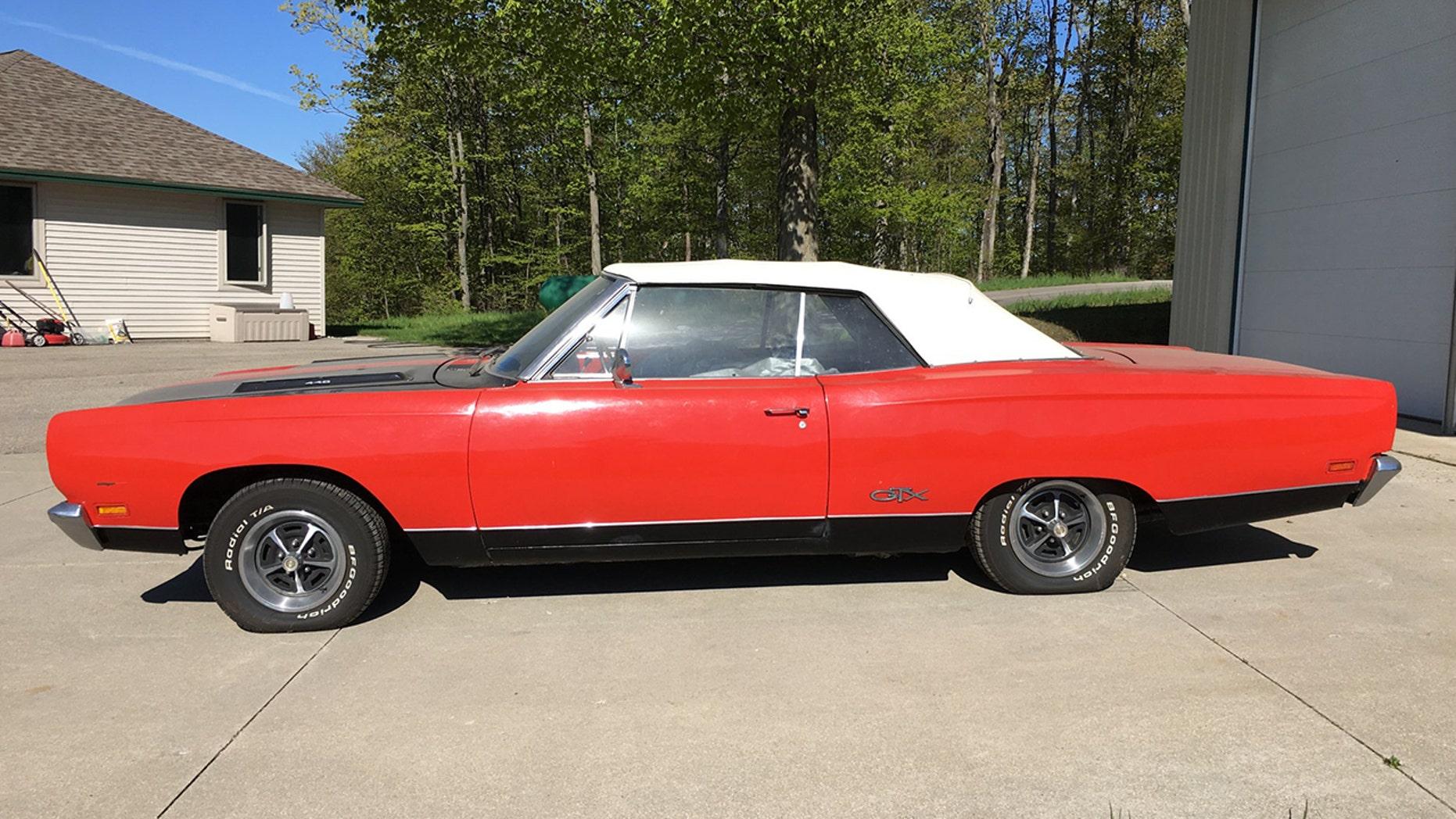 Rare 1969 Plymouth GTX side view