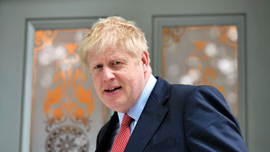 Rivals race to catch Boris Johnson as UK Tory race narrows