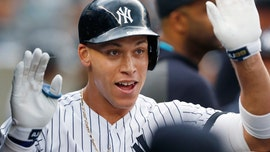 Yanks open with 2 HR, set MLB mark in 4-3 win over Blue Jays