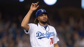 Los Angeles Dodgers' Kenley Jansen executes odd play in pivotal moment against Chicago Cubs