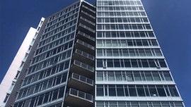 Oregon Woman falls 16 stories down building's garbage chute, sustains 'life-threatening' injuries
