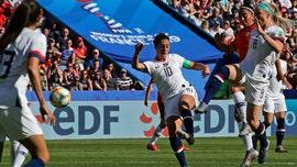 US soccer star Carli Lloyd sent message to critics with golf-clap celebration