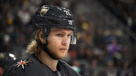Vegas Golden Knights agree to 8-year contract with star William Karlsson