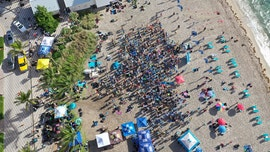 Divers set new underwater cleanup world record at Florida beach