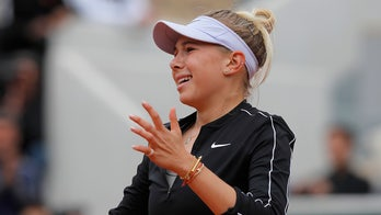 American teen Amanda Anisimova's French Open run ended by Ash Barty
