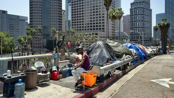 Trump administration officials head to California in bid to tackle homelessness