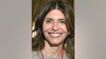 Author of 'Gone Girl' slams attorney's claim linking Jennifer Dulos' disappearance to book