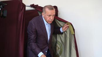 Biden calls Turkey's Erdogan ahead of possible Armenian genocide recognition
