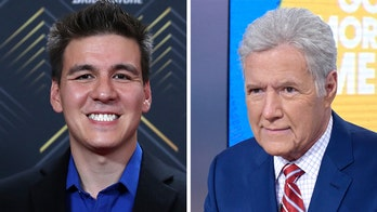 'Jeopardy!' champ James Holzhauer donates to pancreatic cancer charity walk in Trebek's honor