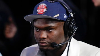 Zion Williamson pick sends New Orleans Pelicans fans into frenzy on Fulton Street